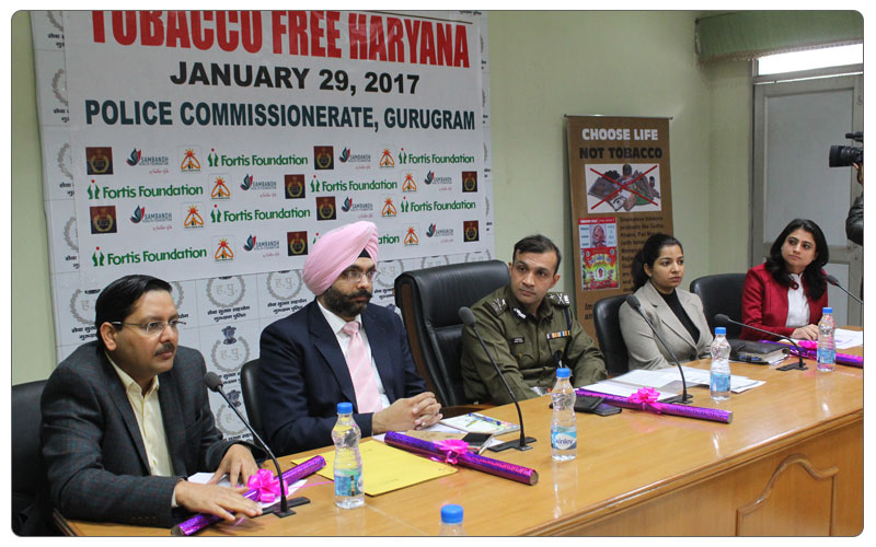 Mr Khirwar, Commisioner of Police, Gurgaon launching Tobacco Control Drive